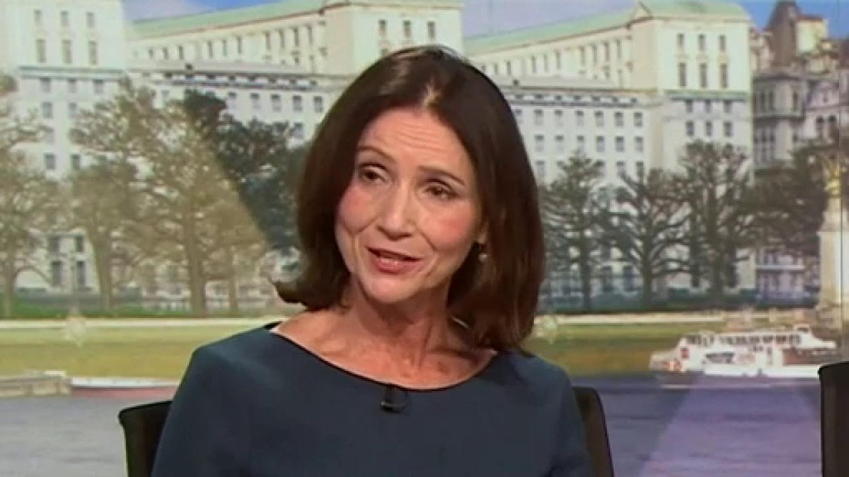 """""""Every now and again it involves doing something that is not about narrowly being in the classroom and doing something different and learning from it and being a catalyst for change"""" CBI director general @cbicarolyn on #SchoolStrike4Climate  #politicslive https://bbc.in/2EcQzIU"""