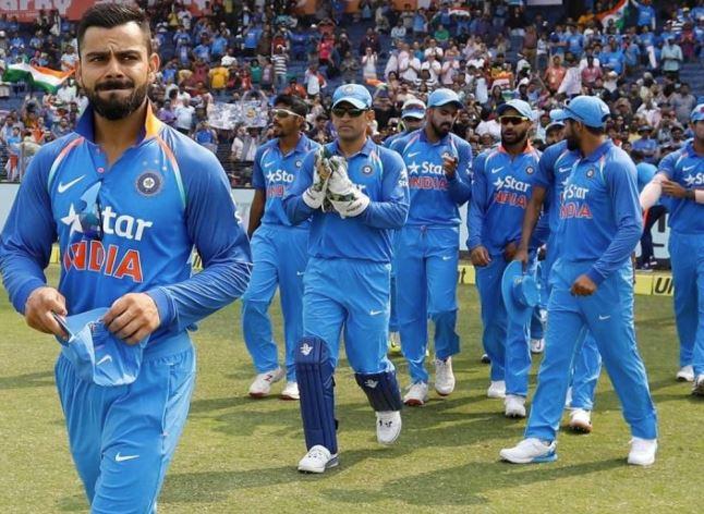 ઓસ્ટ્રેલિયા સામેની T20 અને વનડે સીરીઝ માટે ટીમ ઇન્ડિયાની થઇ જાહેરાત, જાણો કોને મળ્યું સ્થાન ? https://abpasmita.abplive.in/sports/indian-team-announced-for-odi-and-t20-home-series-against-australia-374664… #indiavsaus #virat #sports #INDvsAUS