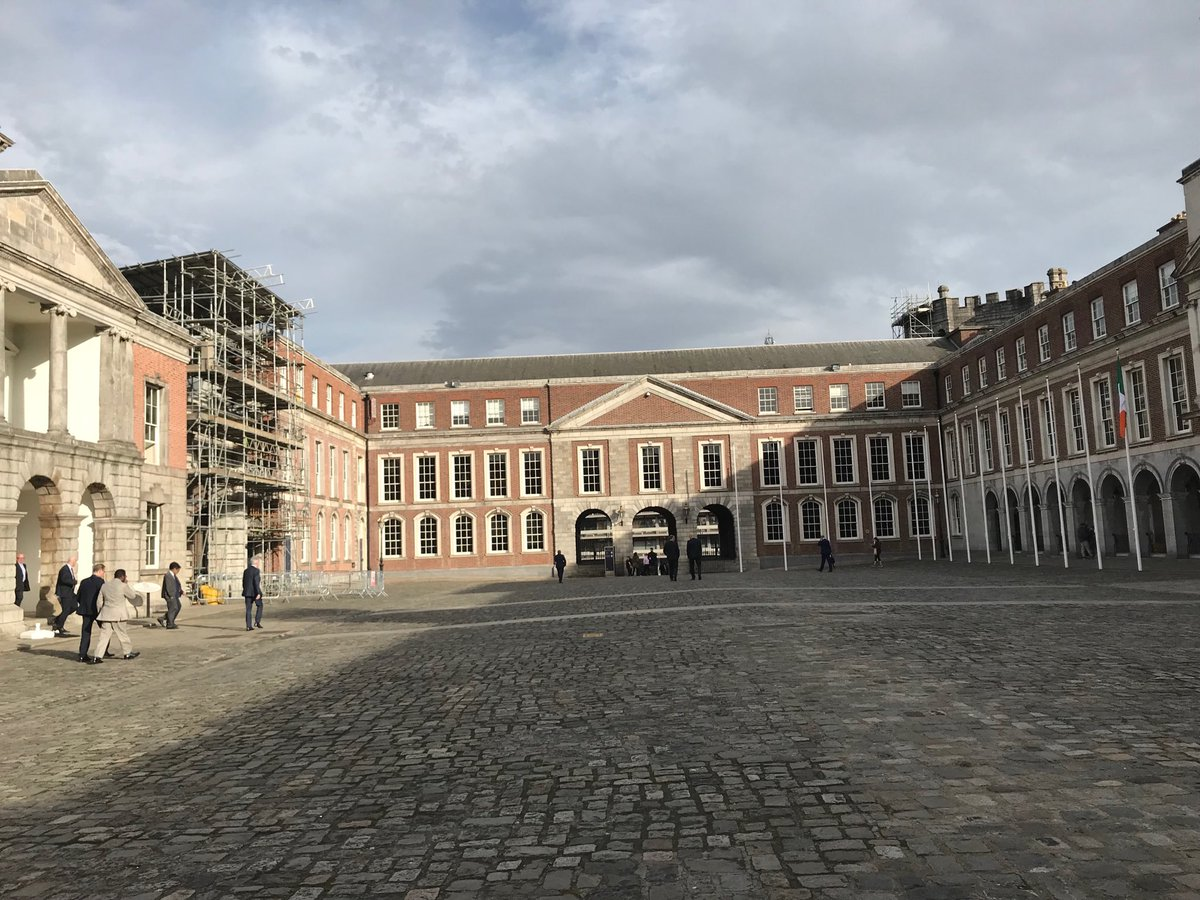 Juxtaposition of history - #dublincastle with old money, debating #sustainable and #green finance of the future. Money is older than this castle, but it can point the world into a bright future. #ifcclimate #climatefinance #eff2019 #ifcclimate