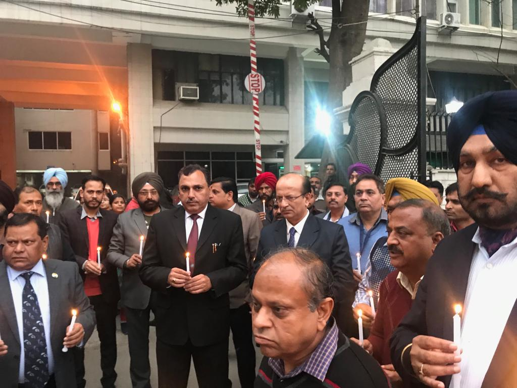 Candle March by SBI team at Patiala today to pay homage to the Martyrs of Pulwama @TheOfficialSBI