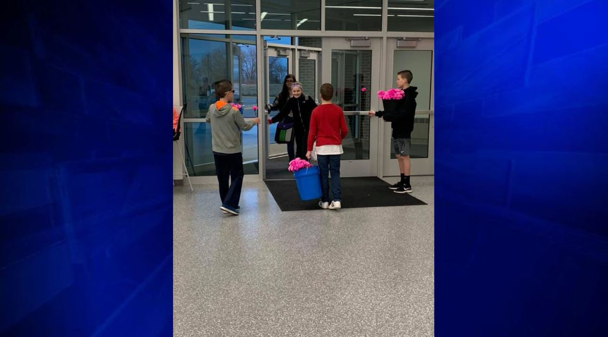 """We wanted every girl to feel important and special on Valentine's Day' - The three boys stood at their middle school's entrance and handed out carnations. In total, 270 girls and 70 female staff members received flowers on the love-filled holiday.  STORY:  https://t.co/By2xwTxFma"