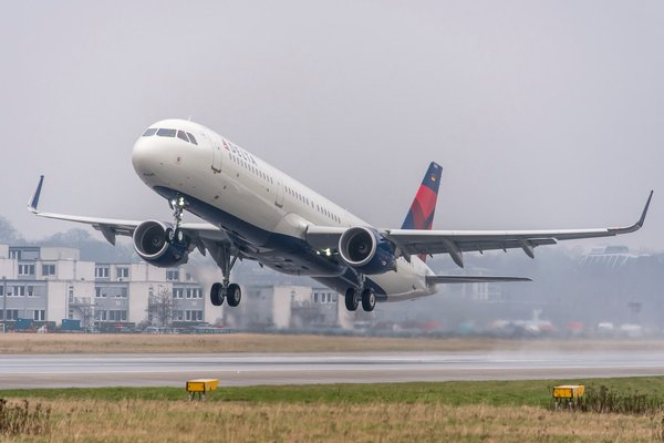 .@Delta is giving your clients more flexibility over their in-flight meals by letting them choose before they fly. #AirlineFood #FirstClass http://ow.ly/ozPE50kJgsH