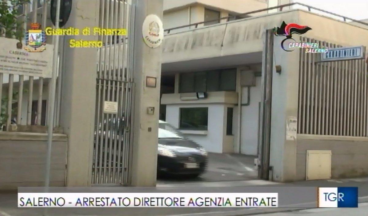 Corruzione, arrestato il direttore dell'Agenzia delle Entrate di #Salerno. Con lui un imprenditore caseario e un ex camorrista collaboratore di giustizia 📺 nel @tgr_campania delle 19:35 @TgrRai #IoSeguoTgr