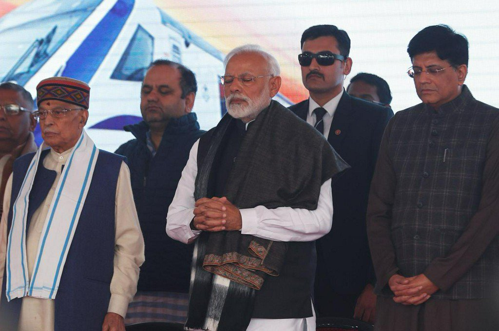 India's PM Modi warns Pakistan of strong response to Kashmir attack https://t.co/6LkMr9MYkl
