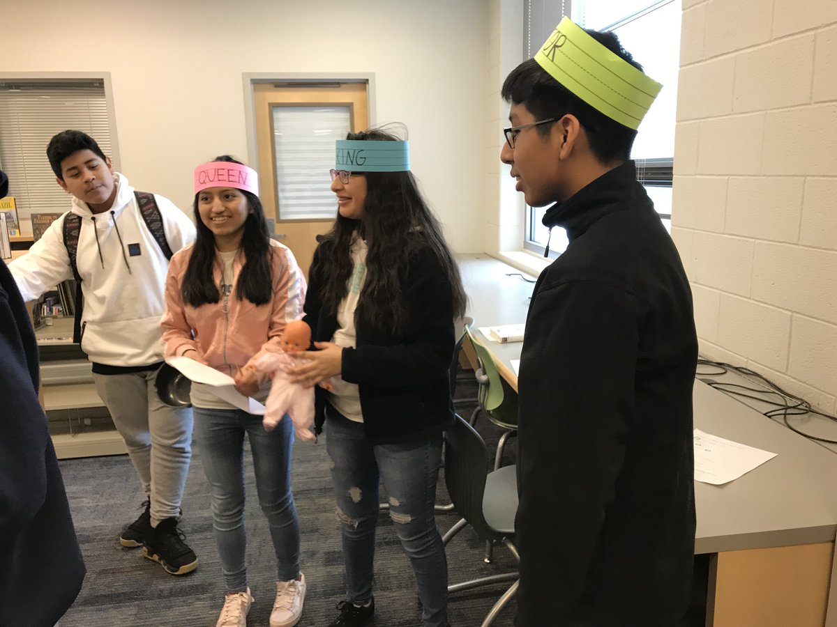 Ninth grade English students breakout in the Library while learning about the Odyssey. <a target='_blank' href='http://twitter.com/MrsB_WL'>@MrsB_WL</a> <a target='_blank' href='http://twitter.com/APSLibrarians'>@APSLibrarians</a> <a target='_blank' href='https://t.co/P3bP1bQMyf'>https://t.co/P3bP1bQMyf</a>