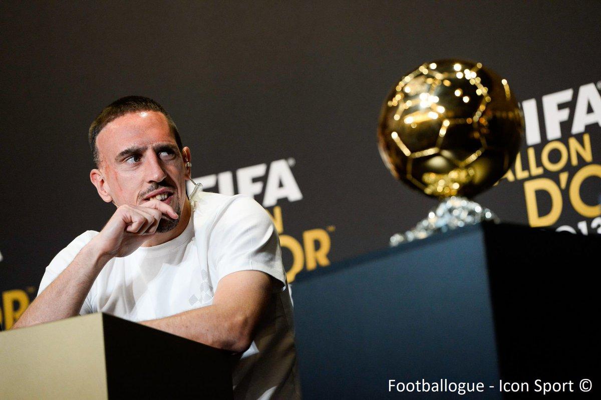 """[#BallonDor] Ribéry🇫🇷 à propos de sa 3ème place au Ballon d'Or en 2013 💬 : """"Il y a des coéquipiers et des gens qui pèsent dans le foot français qui n'ont pas été solidaires avec moi. J'ai senti que ces gens n'auraient pas été heureux que je sois Ballon d'Or.""""  (L'Equipe)"""