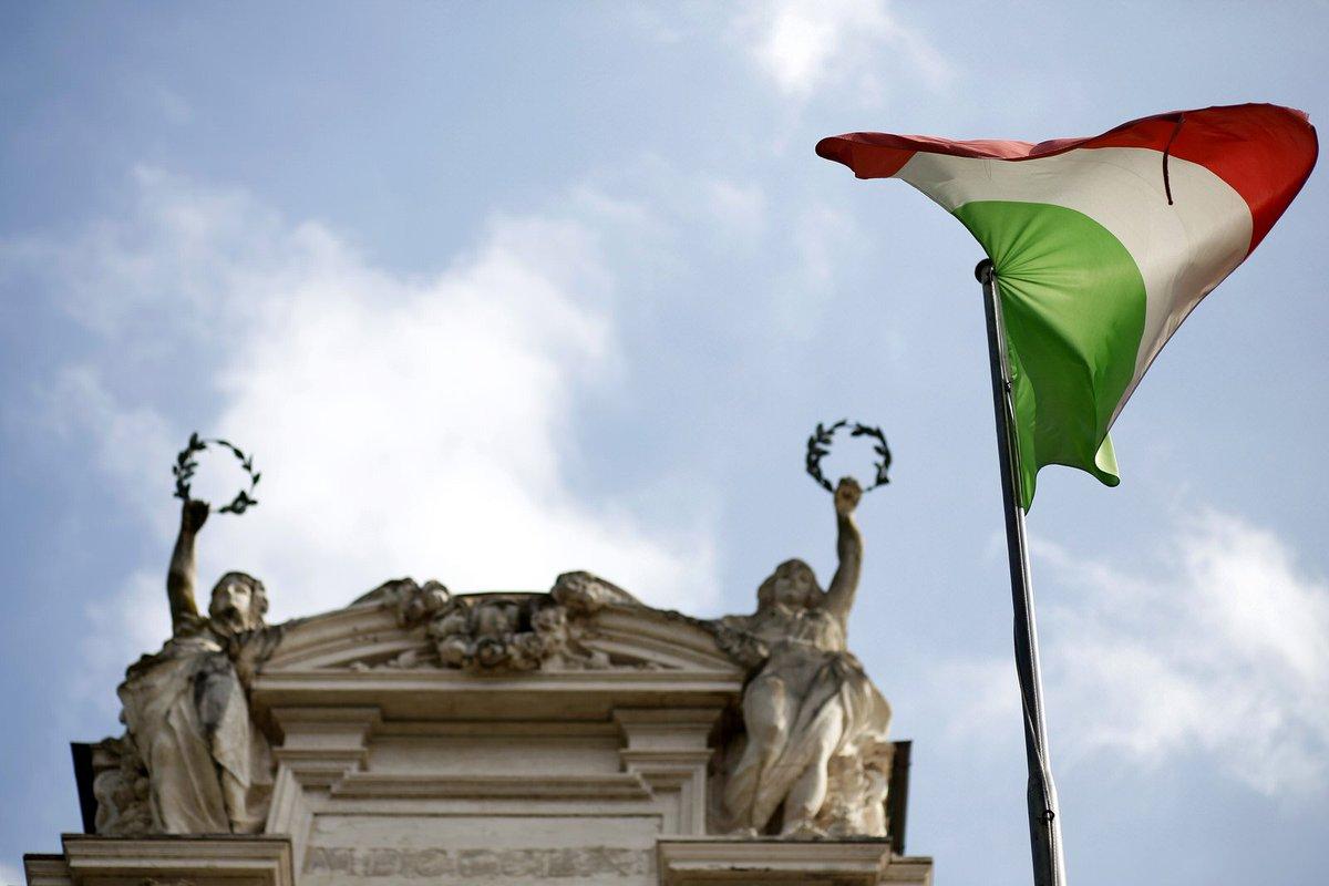 League's Borghi voices fresh threat of Italy quitting the EU https://t.co/NIlHvUiS5o via @chiaraalbanese @ltotaro  #tictocnews
