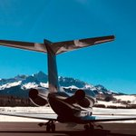 Going skiing for the long President's Day weekend?  It's a popular activity for Flexjet customers too.  👨‍✈️Captain Frank Woelke captured a beautiful 📸image of our #Gulfstream #G650 in Telluride, CO. May your President Day's weekend be just as photogenic. #ICAO #KTEX