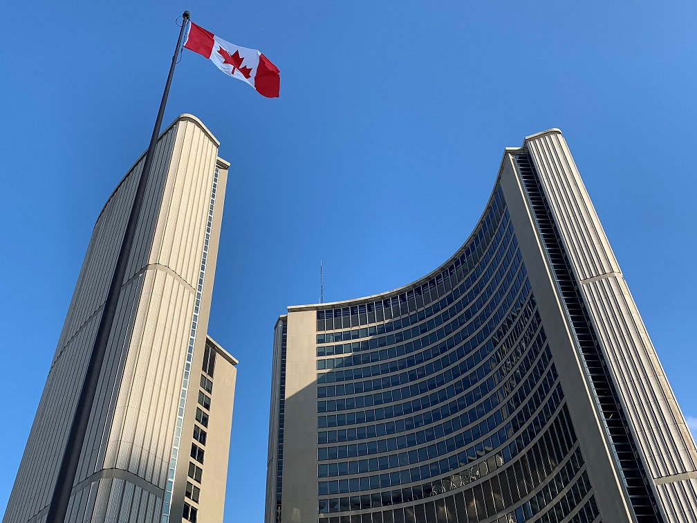 The large Canadian flag will fly proudly today at #CityofTO City Hall to mark National Flag of Canada Day and the Toronto Sign will beam red & white. The #CanadianFlag was first raised on Feb 15, 1965. Visit @CdnHeritage for more on the national flag.