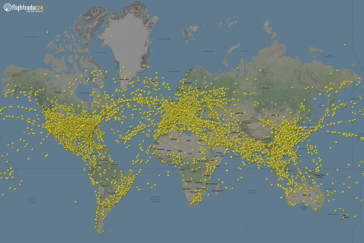 Nearly 17,000 aircraft flying into the weekend. Happy tracking everyone!  Follow along at https://t.co/A4mWRJu9Vi or head to https://t.co/f99qumJeIk to track flights wherever you go with our app for iOS and Android.