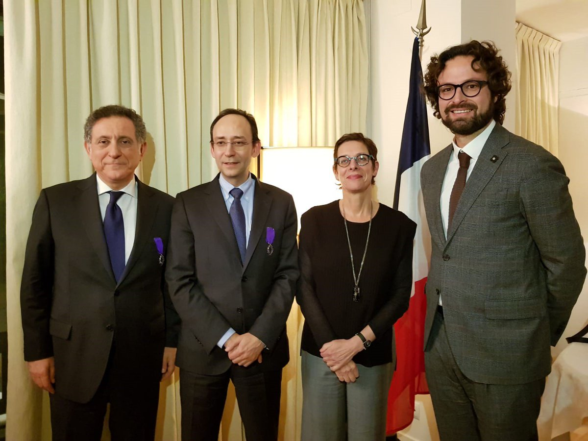 "France grants Josep Maria Garrell and Carlo Gallucci with the ""Ordre des Palmes Académiques,"" a great form of recognition for the work that many people have been doing for a long time. What an honour! https://esade.me/2N52Bae  #ESADENews"