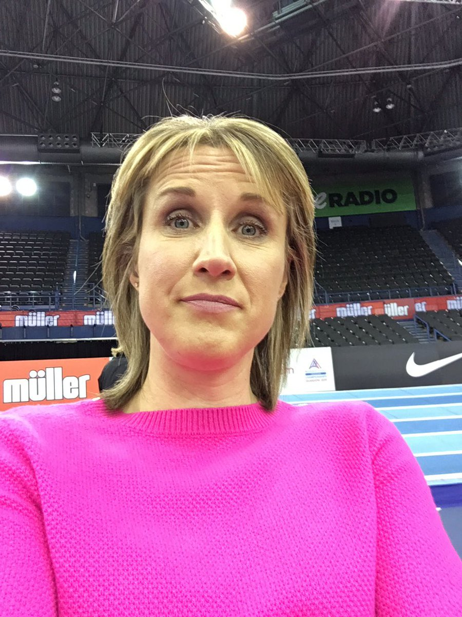 Rehearsal time for @BritAthletics Muller indoor GP tomorrow.... got my new jumper on ... so can't be missed today! 😂😎