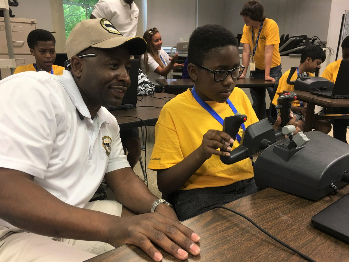 In 2018, @UPSAirlines celebrated 25 years of hosting Aviation Career Excellence camps for young African-American professionals. These camps promote careers in aviation and STEM fields and are organized by the @OBAPExcellence. Learn more: http://bit.ly/2GIYhfy #BlackHistoryMonth