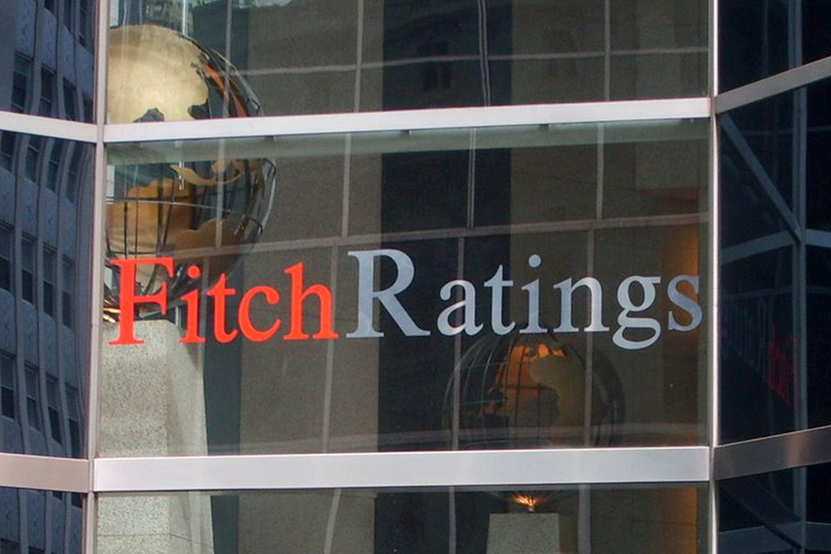 #Fitch taglia stime #Pil Italia https://t.co/ULQ2Kfs5YK