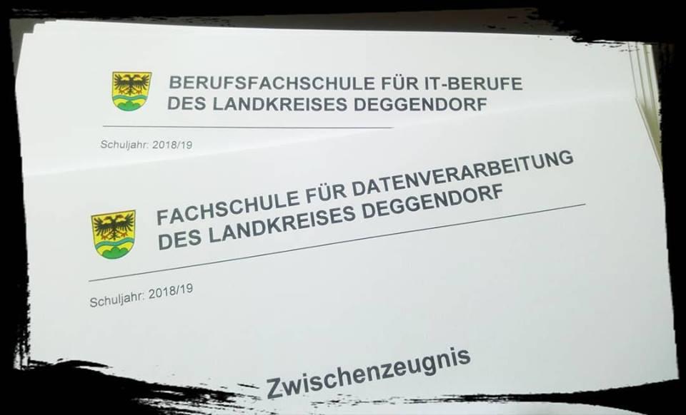 #Zwischenzeugnis! Auch bei uns gab es heute das Zwischenzeugnis! Jetzt geht's ab in das 2. #Schulhalbjahr!  #Finally #GreatJob #NewChallenge #Done #Ausbildung #Weiterbildung #Deggendorf #Plattling #Niederbayern #Fachinformatiker #Wirtschaftsinformatik