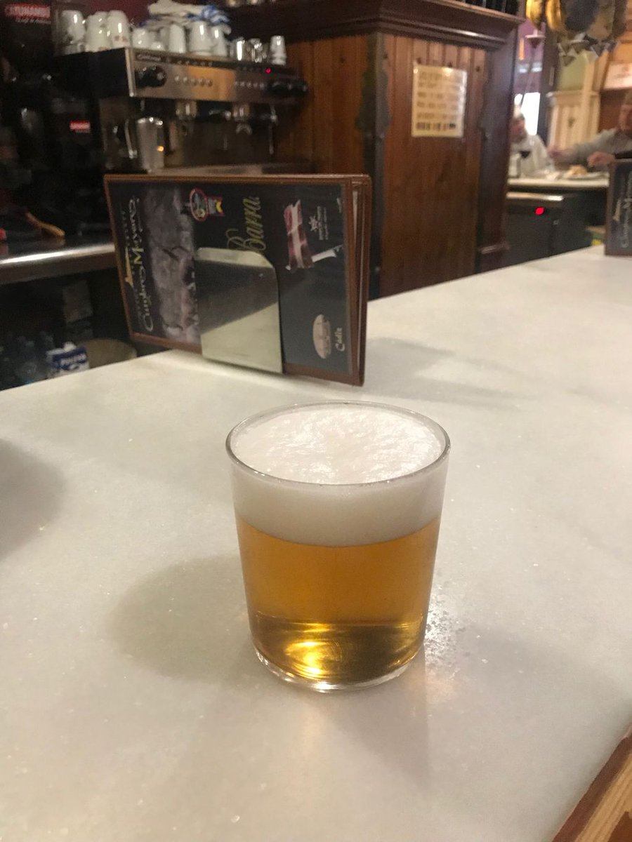 ....... And while I'm at it!  If we're serious about consuming less alcohol the way to do it is to provide high-quality alcohol free alternatives.  Her in @Cadiz_es  you can buy fabulous alcohol free lager on draft. Tastes amazing! There must be a market for this in Scotland??