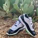 Image for the Tweet beginning: The Nike Air Jordan 11