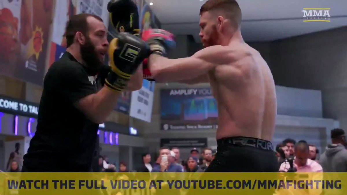 UFC lightweight contender @Felderpaul looking sharp at the #UFCPhoenix Open Workouts 👀👀  Watch full video: https://youtu.be/6prDXG9W-uw