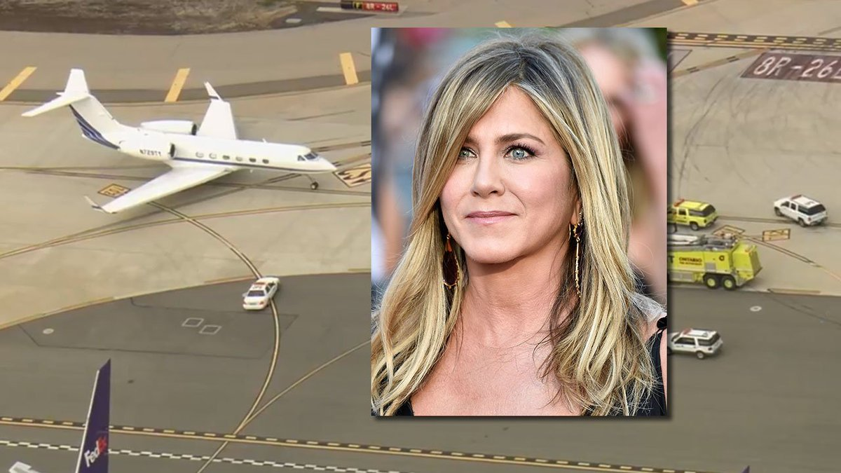 FOX 11 Los Angeles's photo on Jennifer Aniston