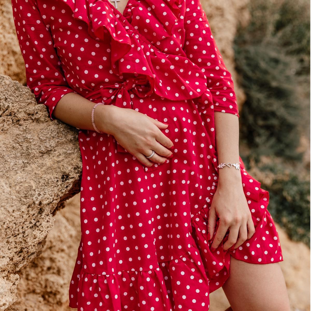 ¿Un bonito vestido rojo de tela Dacron para celebrar esos eventos especiales?   #ImaginaTodoloquePuedesCrear #Crealo #Diseñalo #Imagínalo #Crea #Imagina #Diseña