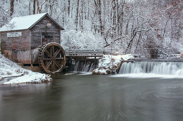 Hyde's Mill near Ridgeway Wisconsin. I took this photograph on New Years day 2019. It was built in 1850. . . . . #landscape #landscapephotography #mill #rural #winter #snow #oldbuildings #winterwonderland #winterlandscape #waterfall #water #waterscape http://bit.ly/2EbthD6
