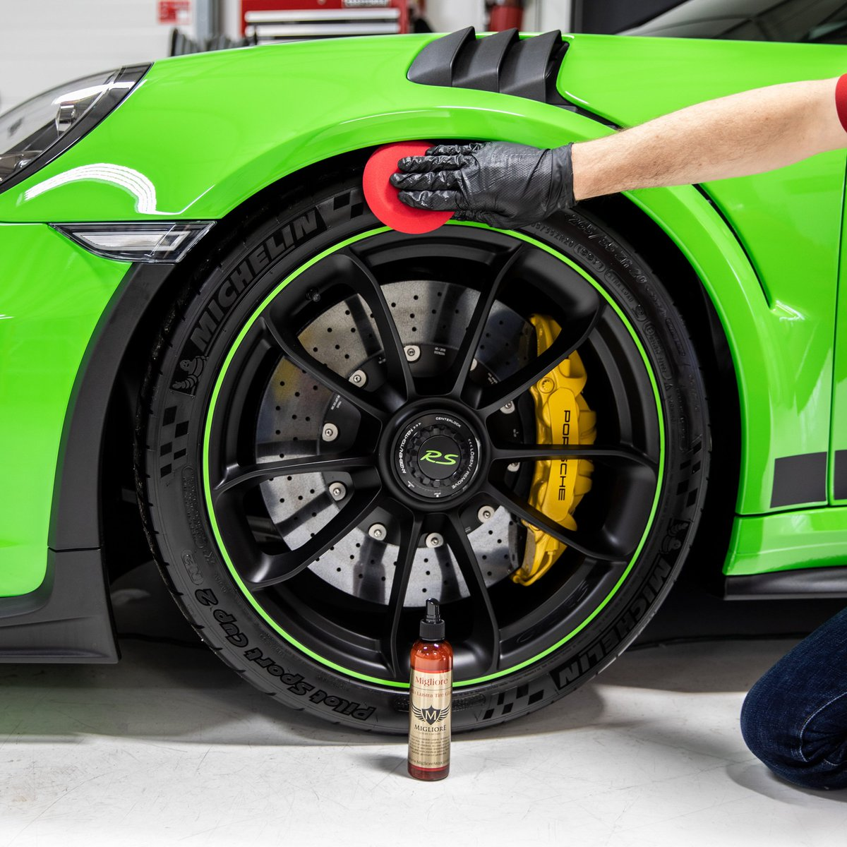 There are plenty of tire products out there but this is one you just have to try! https://bit.ly/2SGCQmJ  #migliorewax #weekend #weekendvibes #friday