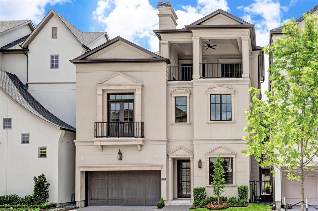 Have a great weekend and don't forget to come visit us at one of our many open houses! You can see them here: https://goo.gl/oALNxq  #weekend #openhouse #listing #visit #houston #house #home #realtor #agent #brokerage #RealEstate