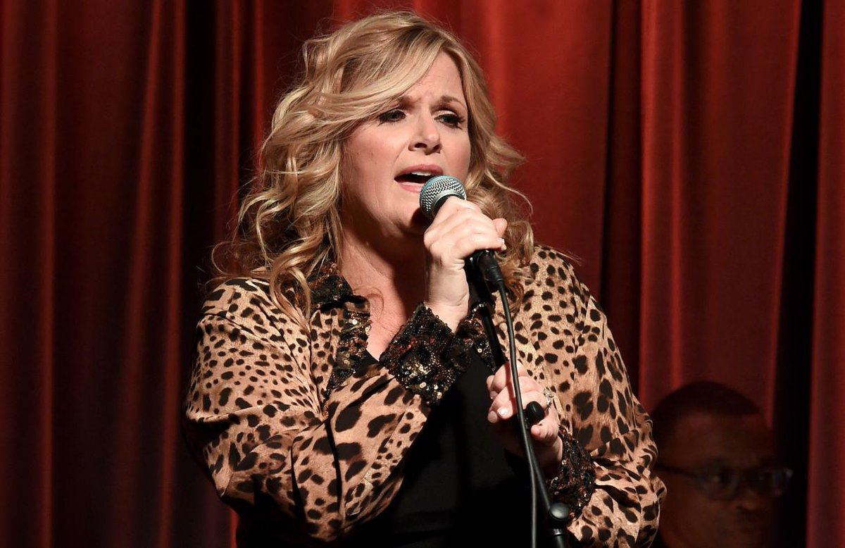 See Trisha Yearwood sing new song 'For the Last Time' on #Today https://t.co/Aeby8N3Zm1