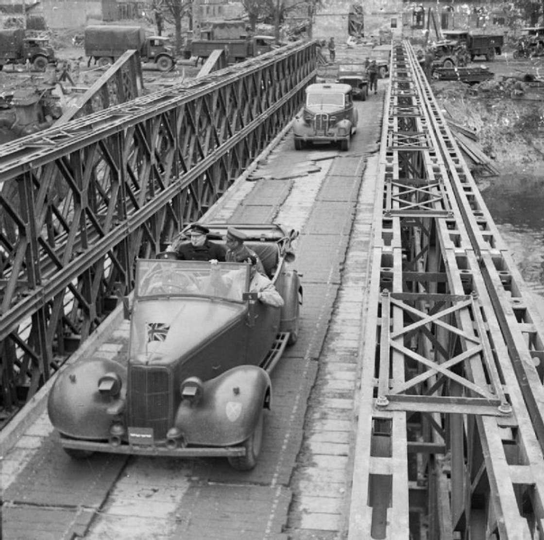 Prime Minister Winston Churchill and General Sir Bernard Montgomery crossing the River Orne over the Winston Bridge 22 July 1944  Bridges to Victory, Bailey Bridges <br>http://pic.twitter.com/HtonlvBfce