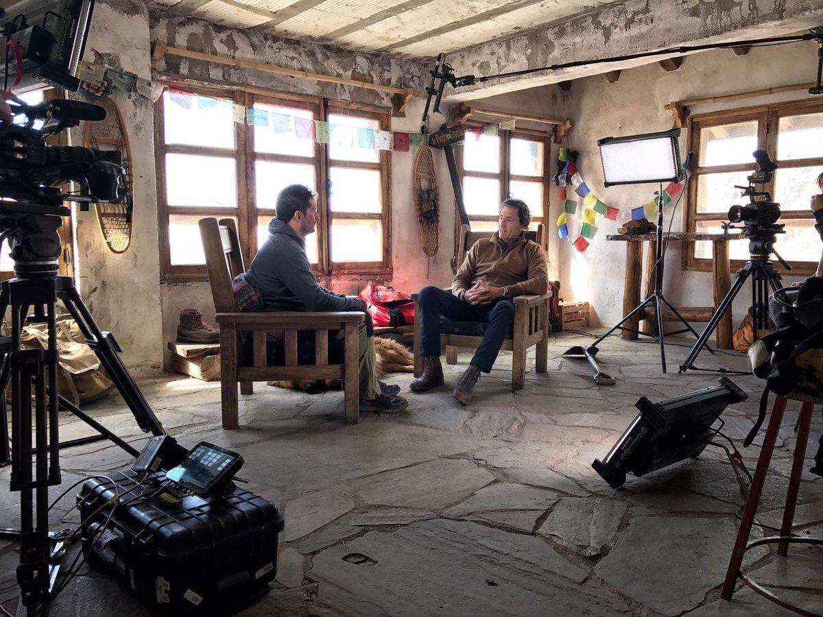 🎉¡Estamos de estreno en la @TV_Publica! 🎉HOY a las 21.00 @SeefeldMartin presenta #TodosSomosUno, una serie de documentales en los que descubrimos historias de vida extraordinarias que reflejan el compromiso de los argentinos con su tierra y con su población.