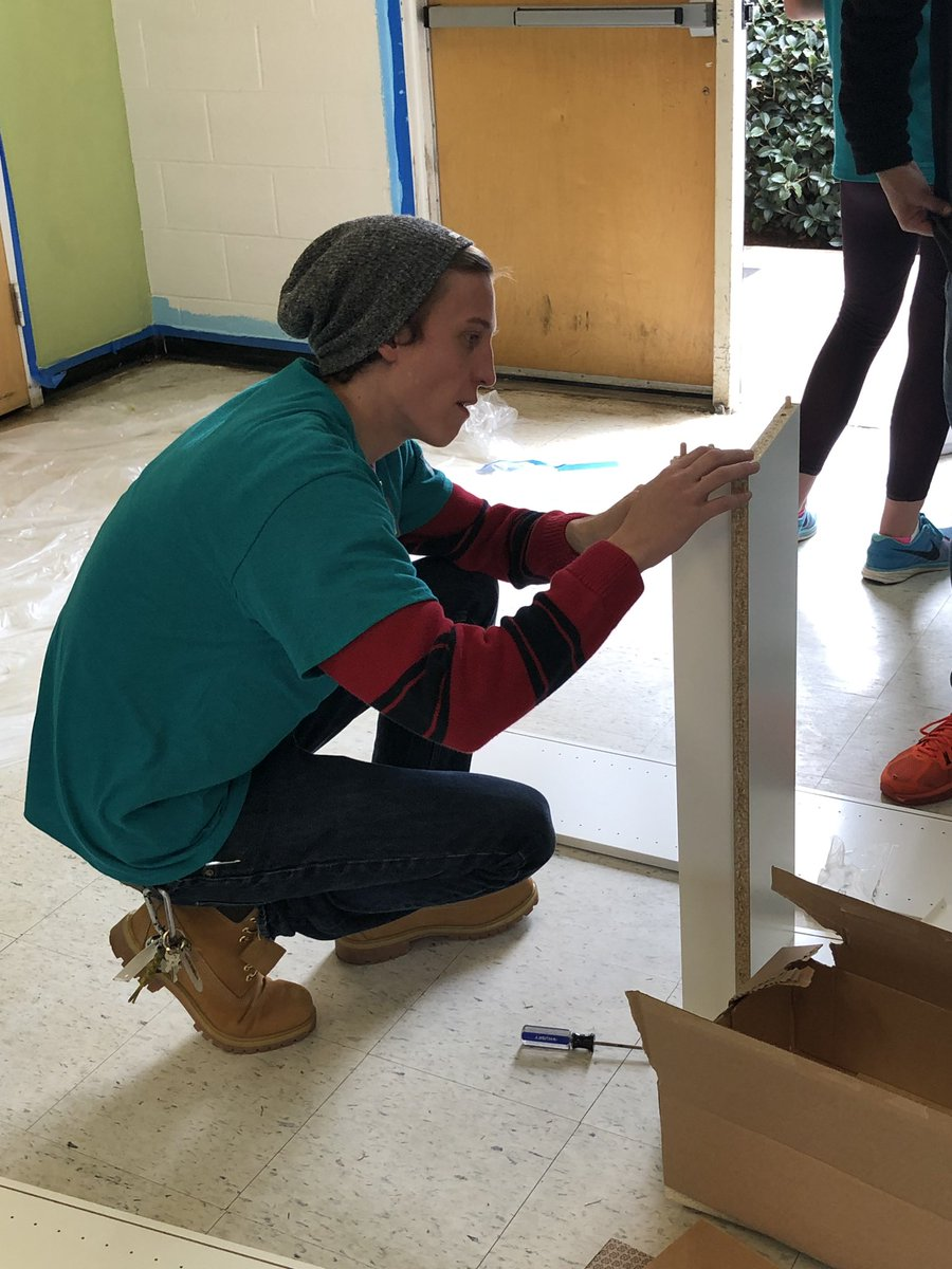.@Timberland with a big community assist providing boots to all of our Day of Service employees! https://bit.ly/2GIMWMx
