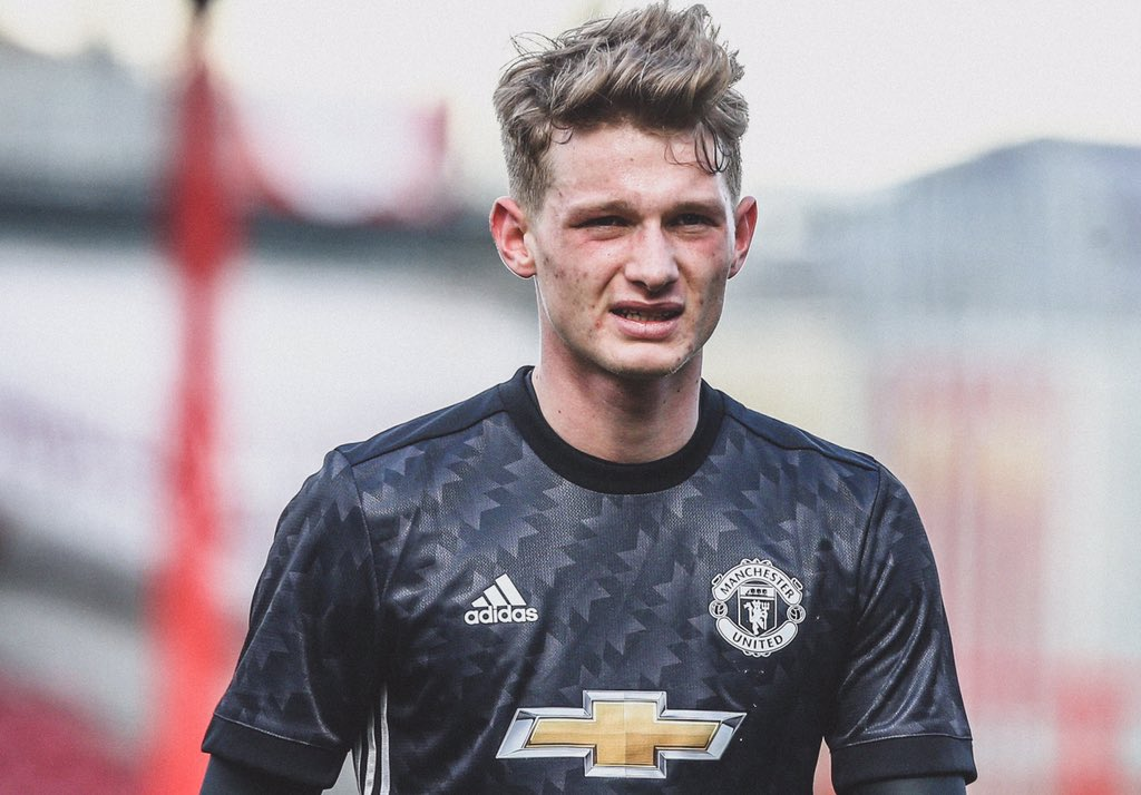 😢 @ManUtd U23 defender @maxtaylor00 was diagnosed with cancer recently.  🔴 The club have now announced that he's responded successfully to chemotherapy.  🙏 Wishing Max a quick and successful recovery.