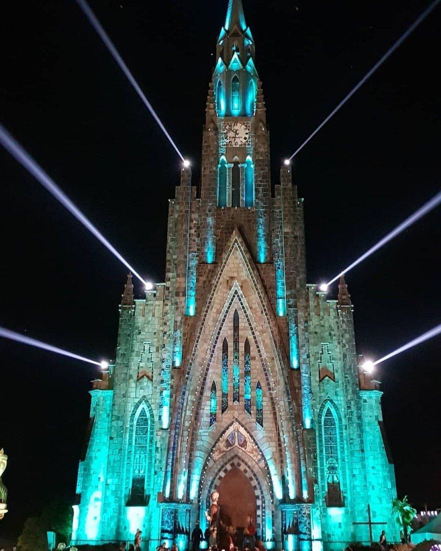 A Catedral de Pedra, em Canela (RS), foi uma das fotos mais curtidas no nosso Instagram esta semana. Use a tag #MTur nas suas fotos e apareça aqui também! https://t.co/sokiYI6YBI.  #MelhoresDaSemana