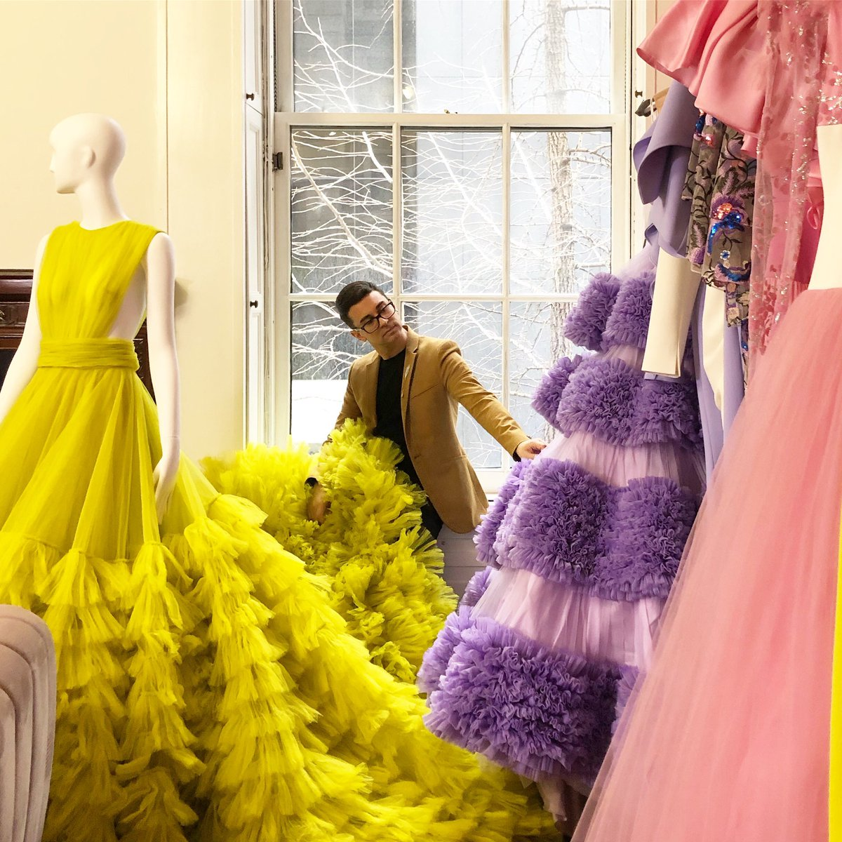 On this beautiful day in NYC let's sit and reflect things in a land of tulle. #happyfriday