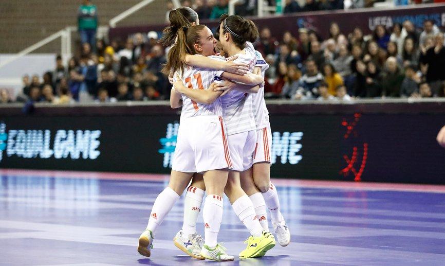 👨💻 CRÓNICA   España llega a la final por la puerta grande (0-5)  🔗http://bit.ly/Cronica150219