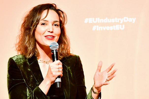 Cambridge CEO steps up #EU fight for ethical #AI policy https://bit.ly/2DNpmuO @OKRATechAI #Artificialintelligence #EUIndustryDays #Europe #femalefounders #womenintech