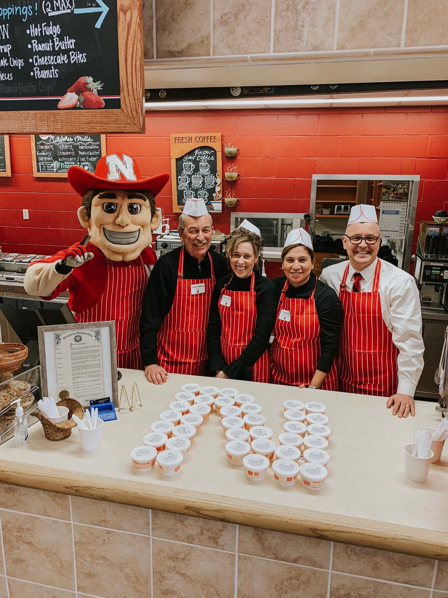 Great and fun time! Serving the new UNL Dairy Store ice cream flavor Nifti 150! Charter Week Celebration - UNL's 150th Anniversary #N150 @cahibberd @TiffanyHengMoss @TheMikeBoehm @UNL_IANR