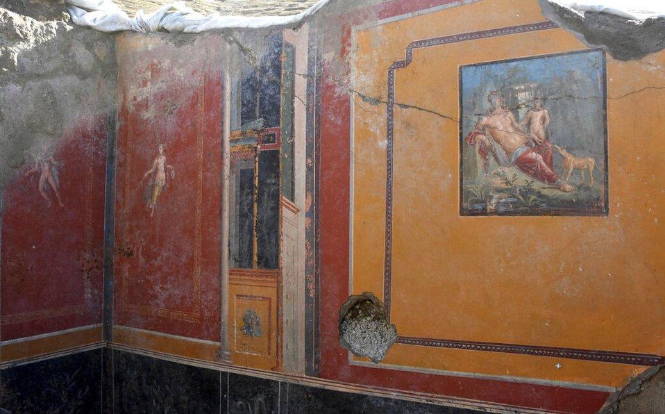 Descubren fresco de Narciso en antiguo atrio de #Pompeya https://t.co/AZaFrc4uQ5