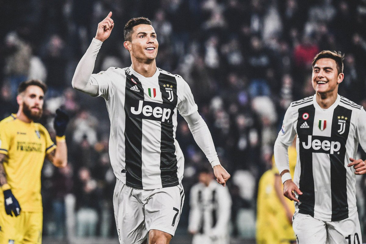 🇵🇹 @Cristiano Ronaldo in @SerieA this season:  🏟 24 Games ⚽️ 19 Goals 🎯 8 Assists  ✅ Top goalscorer in @SerieA.  📈 Joint most assists in @SerieA.  👏 Set the record for scoring in consecutive away games (9).  😳 He's just turned 34.