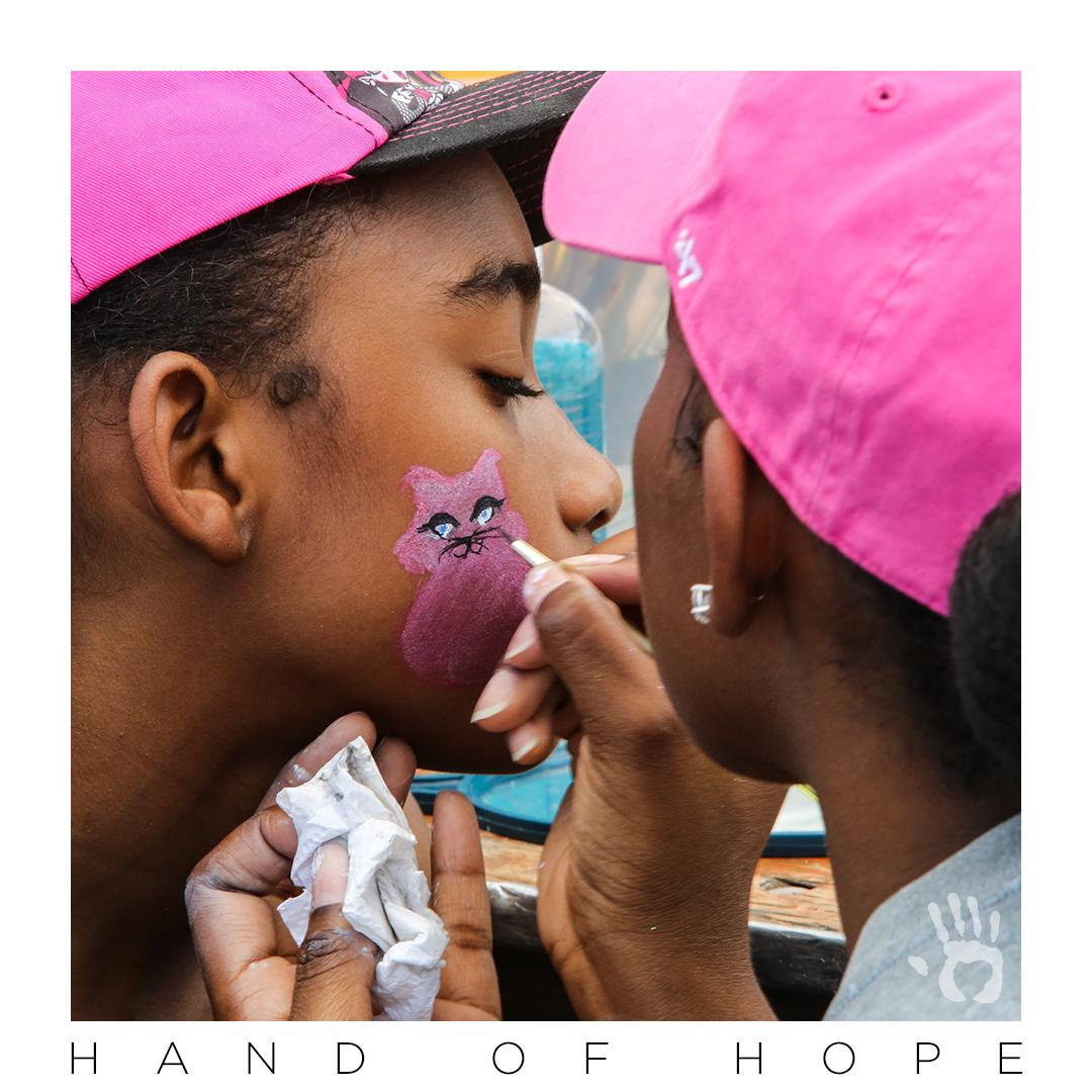 Thank you for sharing Christ and loving people! Because of your generosity, hundreds experienced the love of God through an annual back to school outreach in Chicago where 1,000 backpacks were distributed. #HandOfHope  #GiveHope