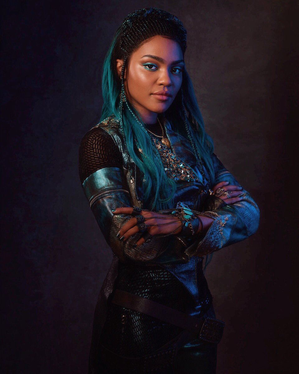 China Anne McClain descendants 2