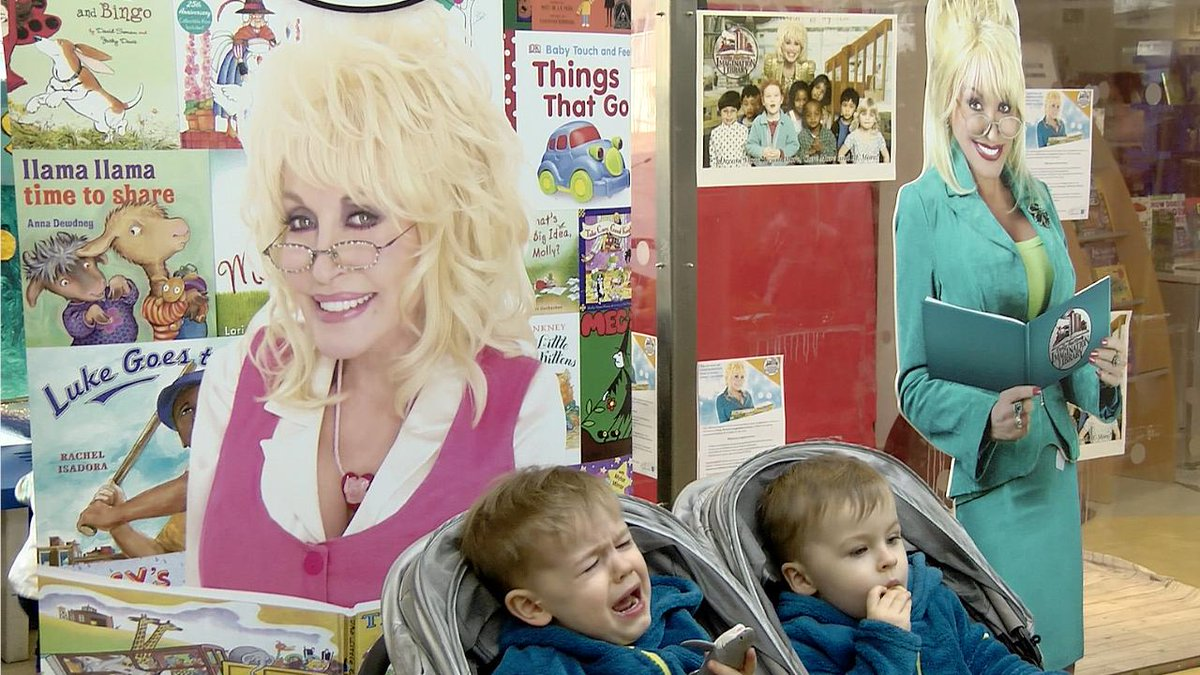 Irish Times Video's photo on Dolly Parton