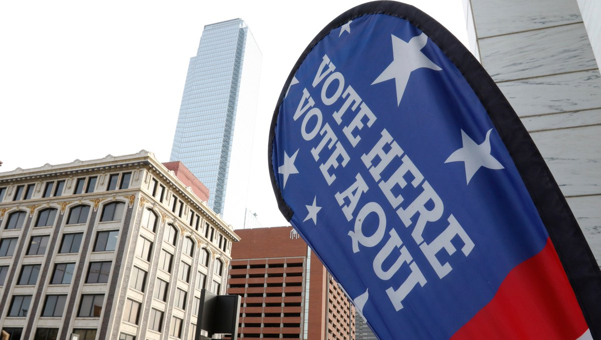 """3 wks ago, TX Sec'y of State David Whitley's office issued a news release. While subject line spoke vaguely of """"list maintenance,"""" it didn't take long to grasp we had news: 1st sentence nudged counties to work on """"identifying any non-U.S. citizens registered to vote."""" #txlege 1/5"""