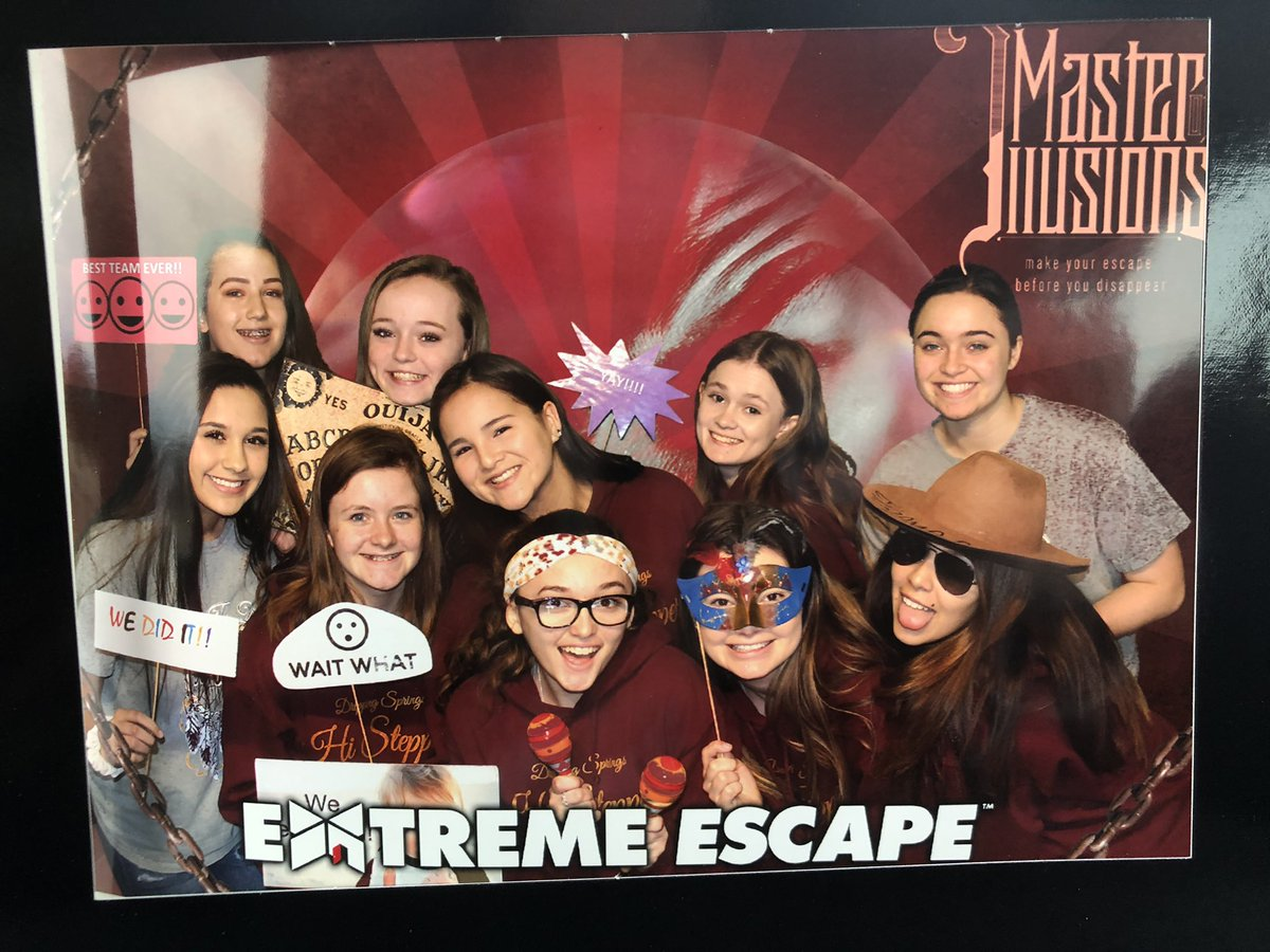 @ds_histeppers taking on Extreme Escape rooms..... they all escaped #teambuilding #livingthedream #extremeescape #summittraveltours