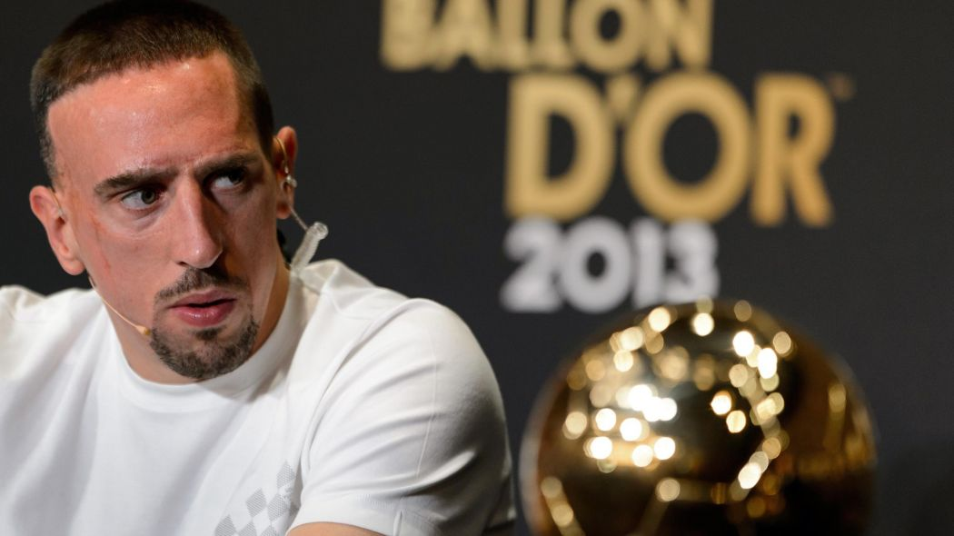 """Ribery: """"2013 yılında Ballon d'Or'u kazanmalıydım. Halen üstesinden gelemedim. O sezon her şeyi kazandım. Nedenini asla anlayamayacağım. Haksızlık yapıldı"""""""