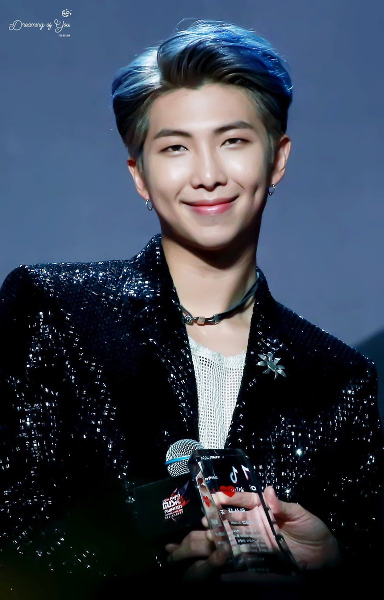 181214 #2018MAMA HK @BTS_twt   cr. HALLUCIN8_0912 #RM            The most stunning man alive              Ethereal perfection <br>http://pic.twitter.com/6L2bukBwjb