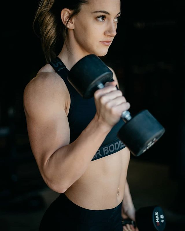 #YQR TGIF + #FLEXFRIDAY = 😍 Are you getting your 💪 on today? - Elevate your workout look with this super flattering sports bra designed with branded soft elastic straps that cross over at the upper back. The Waverly Elastic  Bra  is available in Black, Peach,  and Sangria Red.