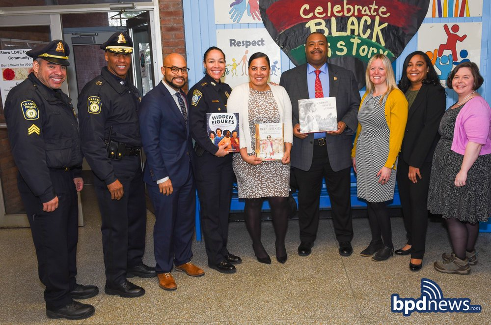 Earlier today, @DeputyGross had a wonderful time celebrating#BlackHistoryMonth  while reading the story, A Sweet Smell of Roses, to the 2nd grade students at the Joseph Lee School in Dorchester.  https://t.co/aKAaVsL3Kq