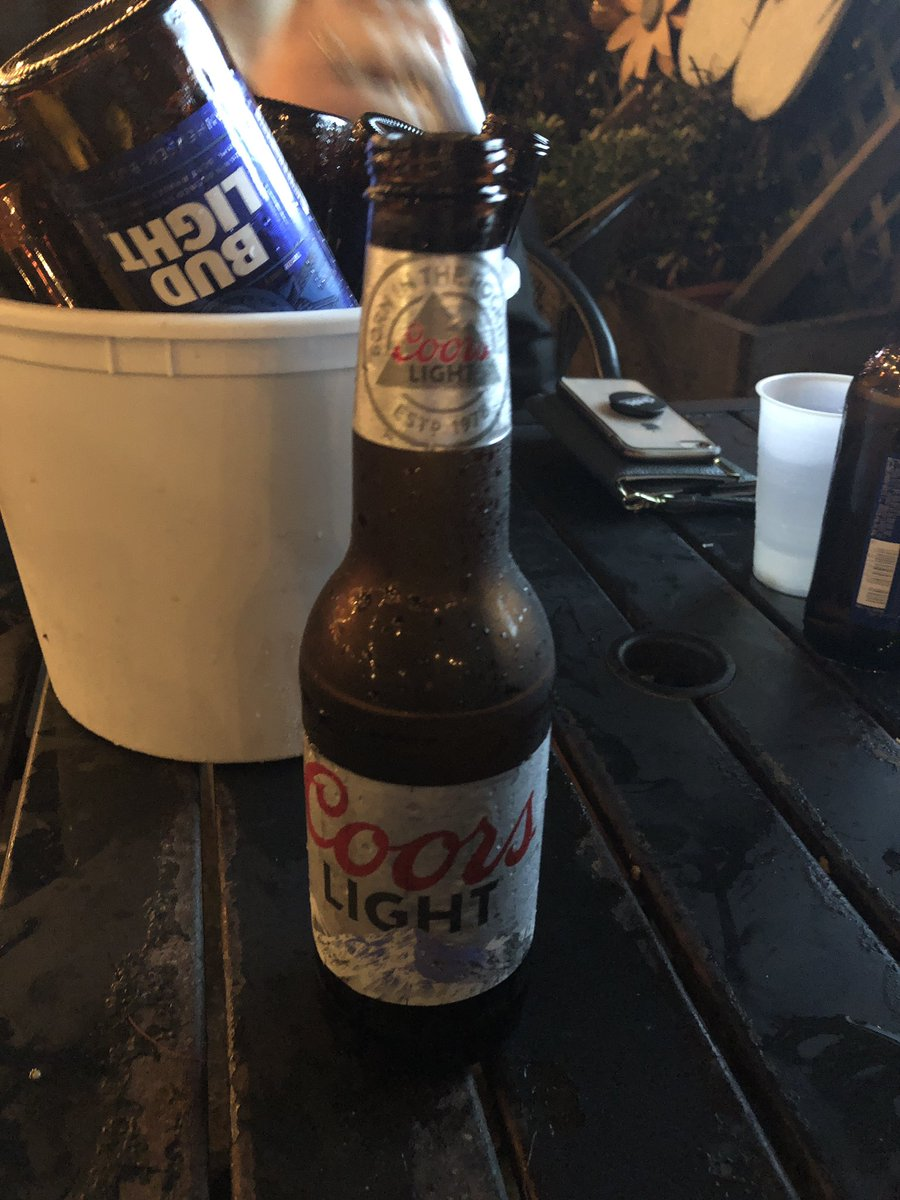 @budlight I just got a free Coors light because of your SBLlll commercial, you keep me drunk and that's what I appreciate about you! <br>http://pic.twitter.com/DCXs3q92PV