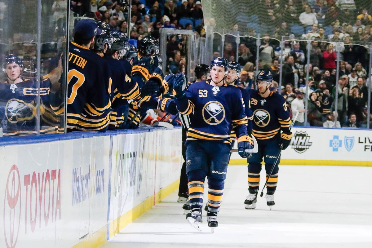 ... in his first season with the  BuffaloSabres. The others  46 — Pat  LaFontaine (1991-92) 44 — Richard Martin (1971-72) 38 — Gilbert Perreault  (1970-71) 38 ... 2c43194f1